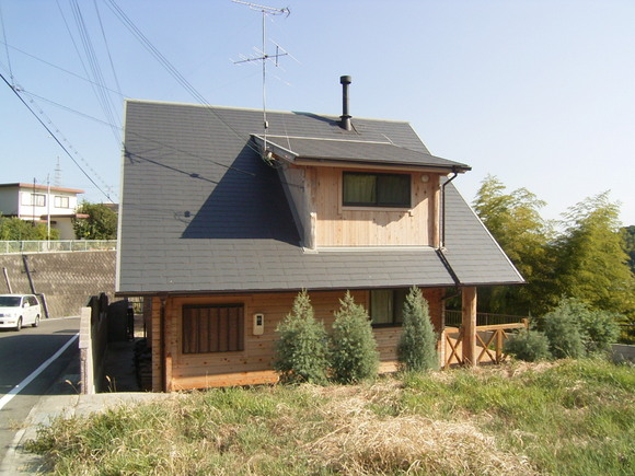 暖炉付きログハウス(淡路市)   兵庫県淡路市楠本