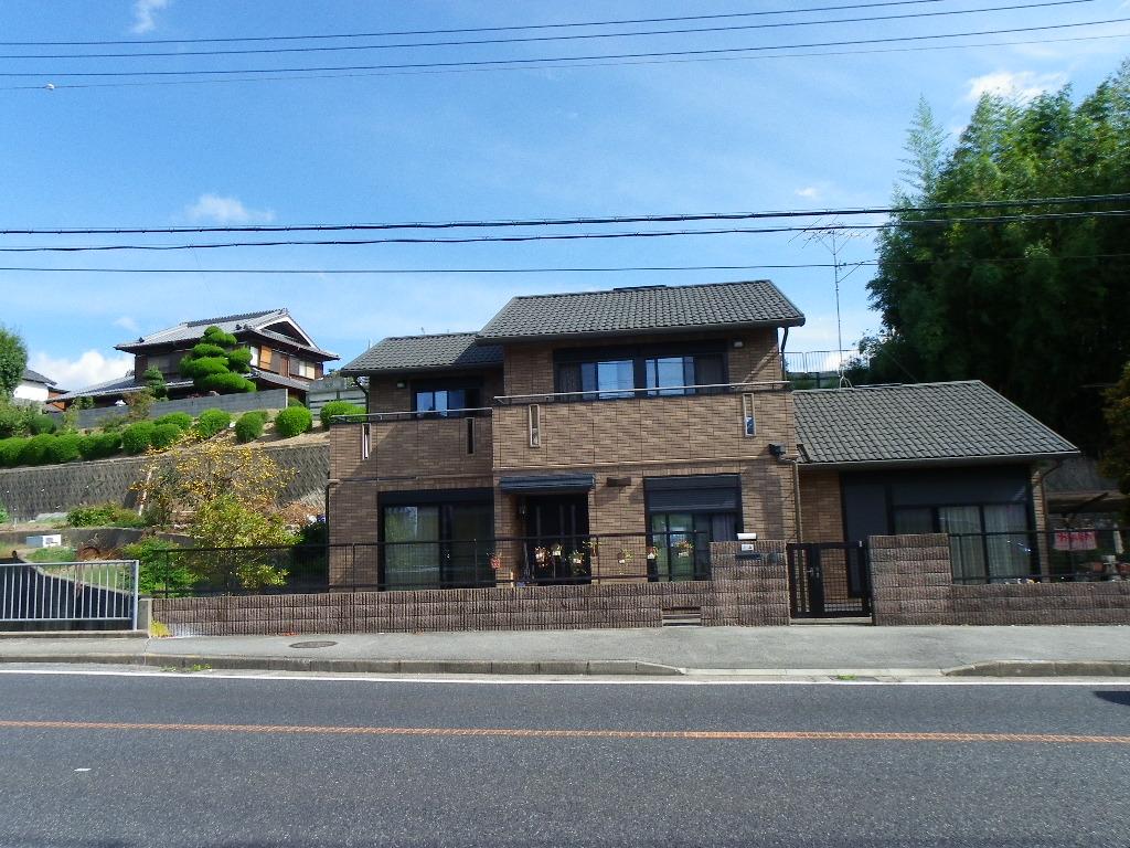 ◎ ◎三田市街近隣のフリースペースの広い住宅。菜園、大阪通勤可能。