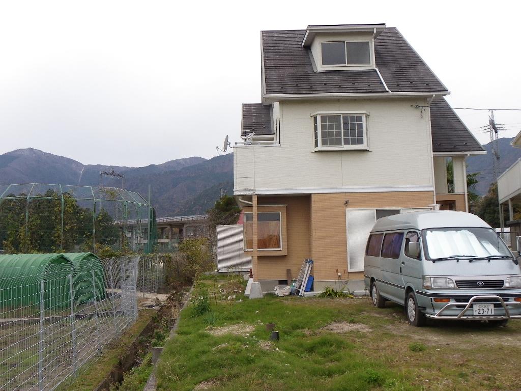 ◎ ◎上階から琵琶湖を望む3階建て住宅、菜園、京都通勤可能