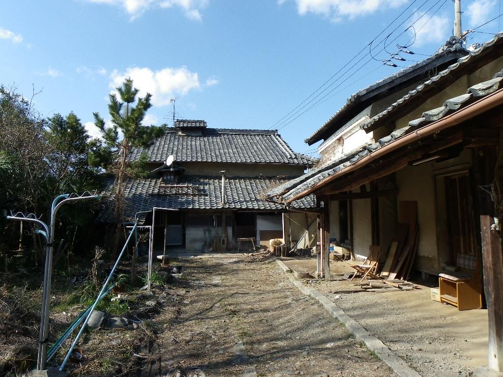 ◎京都八木町・ケヤキ大黒柱の瓦葺古民家物件◎ ■