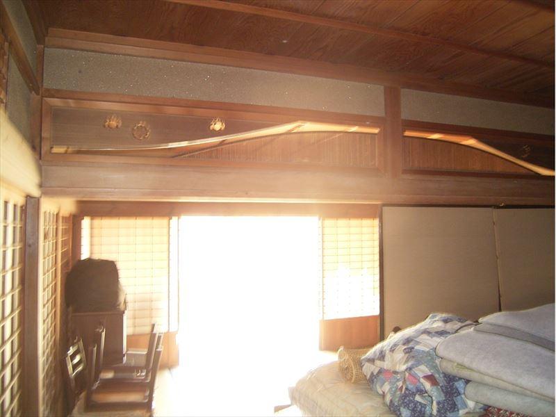 ◆希少な大阪府の草葺古民家。柱も太く、縁側が古い作りのまま残る。大阪通勤可能。◆  ◎希少な大阪府の草葺古民家。柱も太く、縁側が古い作りのまま残る。大阪通勤可能。◎