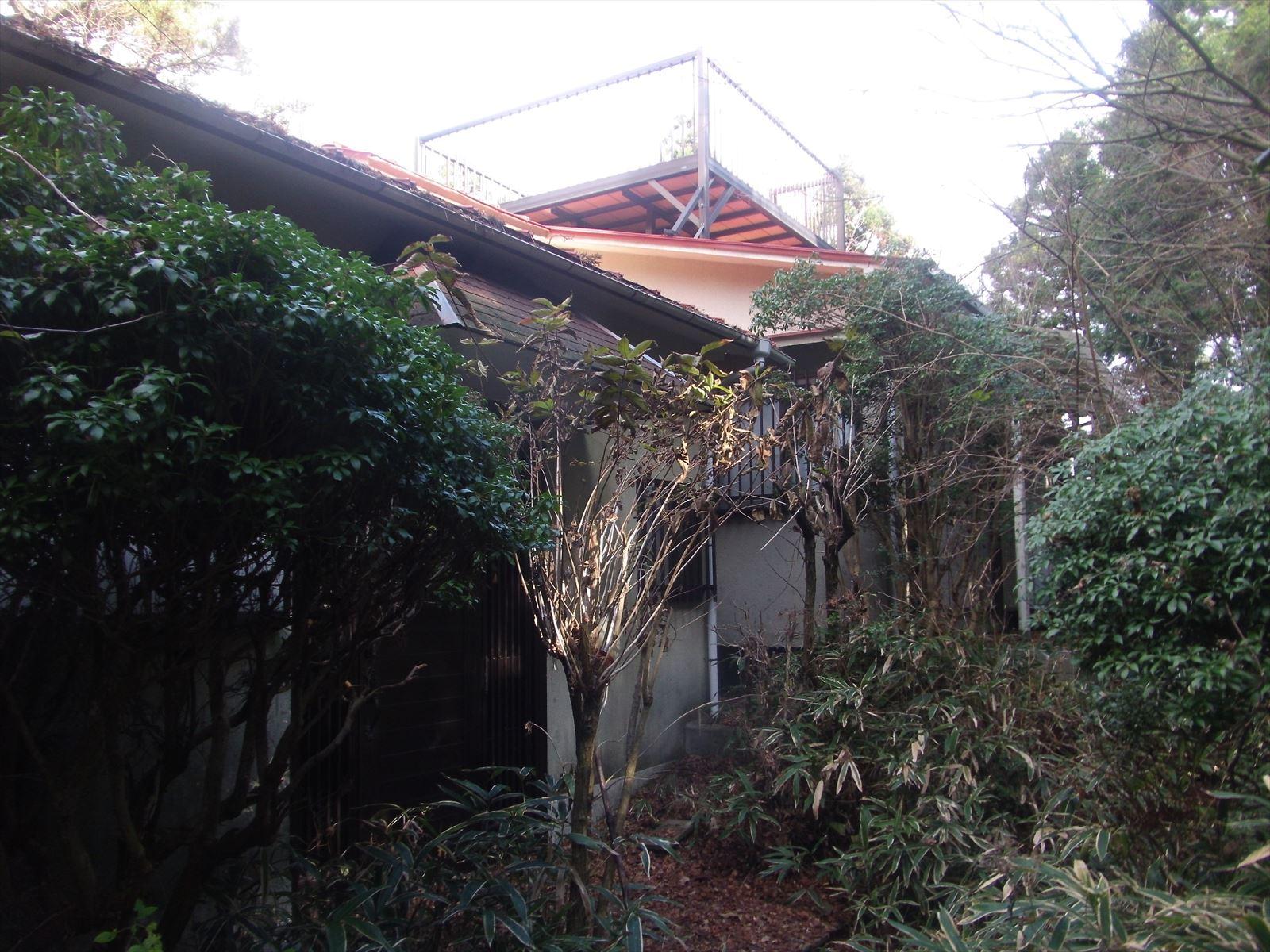 ◆六甲山荘の高原住宅、敷地広く、緑あふれる環境に立地、屋根上に展望台付き◆ ◎六甲山荘の高原住宅、敷地広く、緑あふれる環境に立地、屋根上に展望台付き◎
