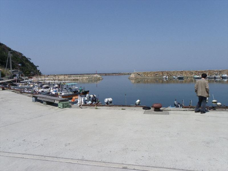 ◆淡路島の港近くに立地した田舎家、釣りを楽しみながら、菜園生活も可能◆  ◎淡路島の港近くに立地した田舎家、釣りを楽しみながら、菜園生活も可能◎